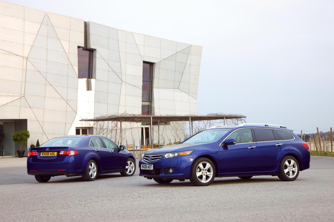 2008_accord_tourer_and_sedan.jpg