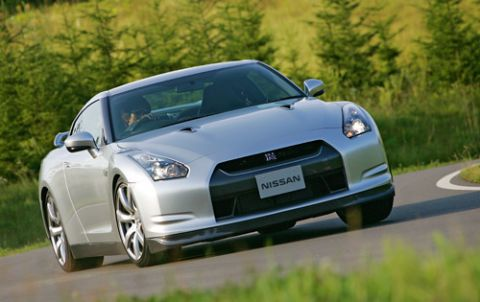 """Nissan Refuses To Replace """"Abused"""" GT-R Transmission"""