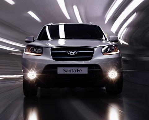 Hyundai Enhances the Santa Fe Range