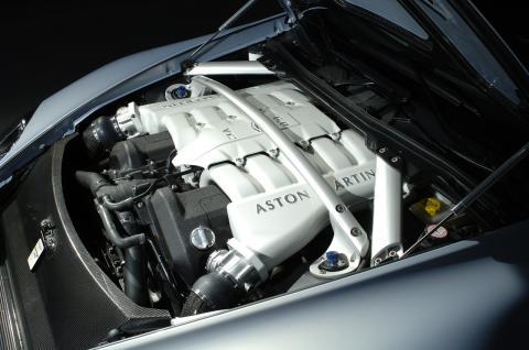 Aston Martin V12 Vantage RS in detail