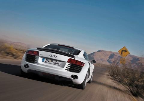 Audi R8 vs Porsche 911 GT3 Top Gear style