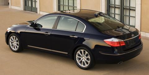 2009 Hyundai Genesis sedan video tour