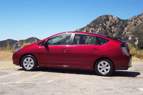 Toyota Prius now top ten best seller in the USA