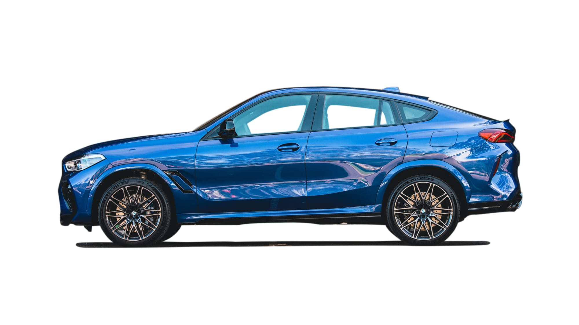 /vehicles/showrooms/models/bmw-x6-m