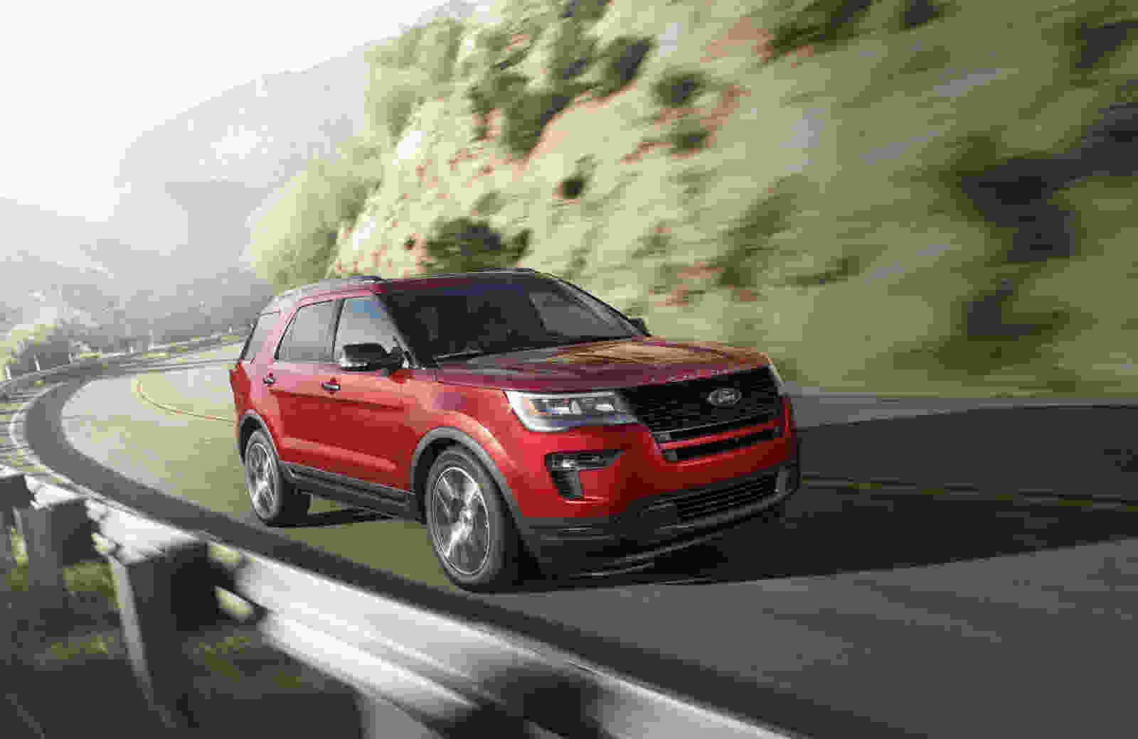 2019-Explorer-Sport-Ruby-Red-Metallic_hhmfea