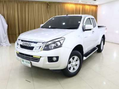 ISUZU V-CROSS 2.5 Ddi Z 2013