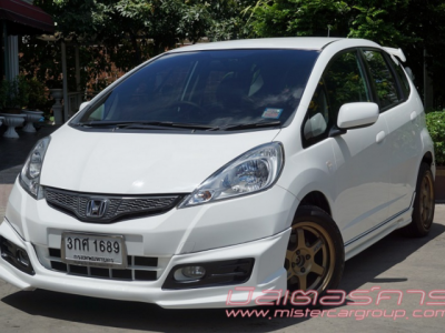 HONDA JAZZ 1.5 i-VTEC V (AS) 2012