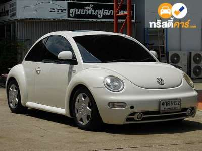 VOLKSWAGEN BEETLE 2DR COUPE 2.0I 4AT 2011