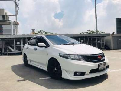 HONDA CITY 1.5 V i-VTEC (AS) 2012
