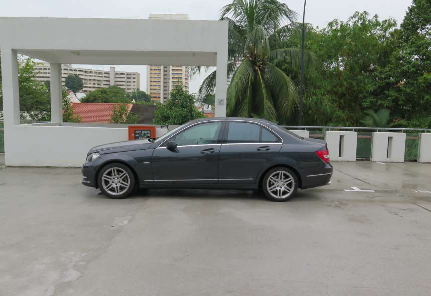 Image of #EJ0248 Mercedes-Benz C200