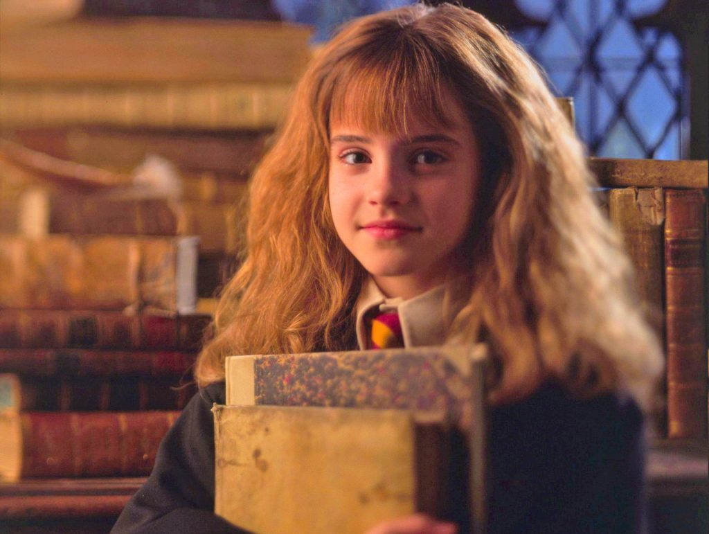 Во Всемирный день Гарри Поттера: поклонники назвали Гермиону Грейнджер любимым персонажем, «Узника Азкабана» — лучшей частью