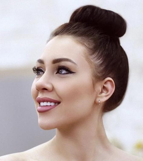 Алена Рапунцель из «Дома-2» заподозрила Максима Колесникова в измене