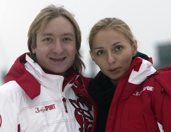 «С днем рождения, чемпионка!»: Плющенко поздравил Навку с 45-летием