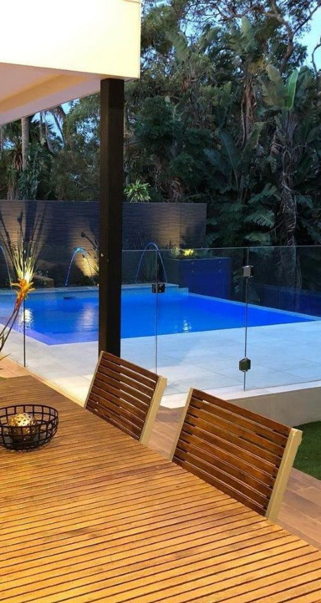Bateau Bay Pool