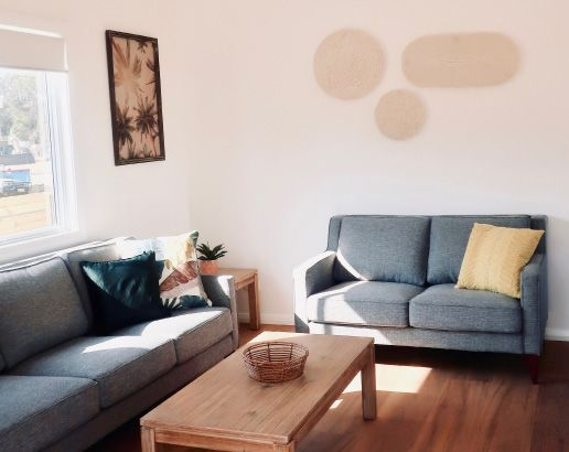 Sandpiper Cabin living room