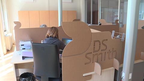 DS Smith_ Distanciation Sociale_séparateurs en carton.jpg