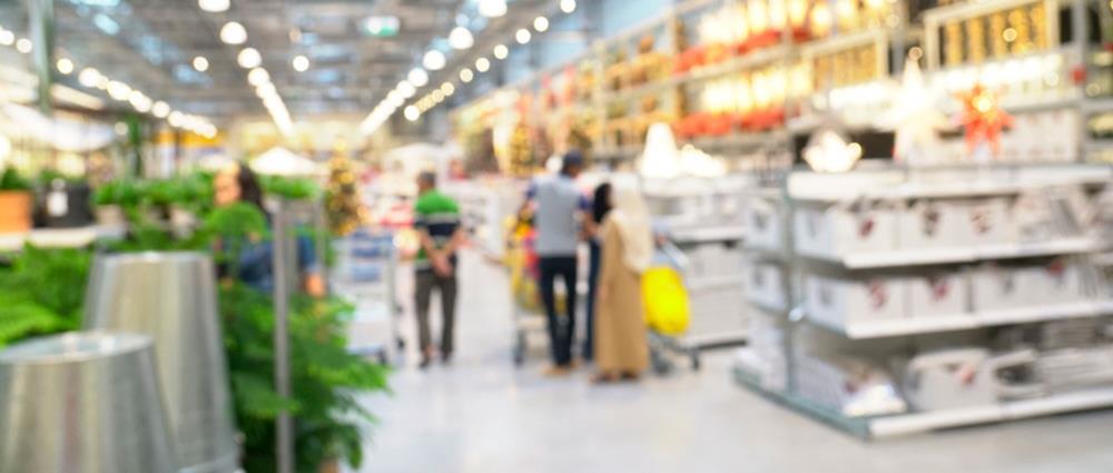 Myynninedistämismateriaaleja käytetään paljon myymälöissä edistämässä tuotteiden myyntiä.