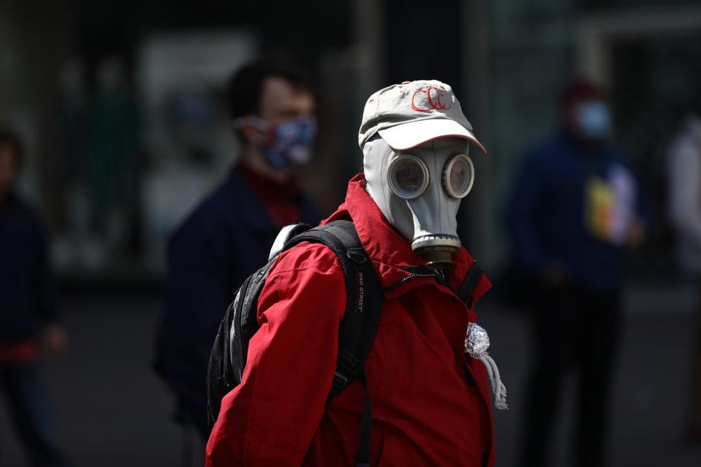 1 мая и коронавирус: около 3,5 миллионов зараженных в мире, почти 8 тысяч инфицированных за сутки в России, 26 врачей зараженных в Коммунарке