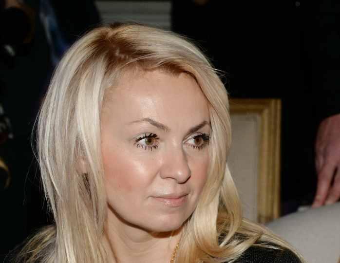 «Они искренние»: Яна Рудковская со слезами на глазах обратилась к жене Малахова