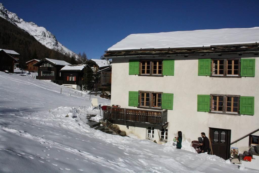 Hausbild Winter 2