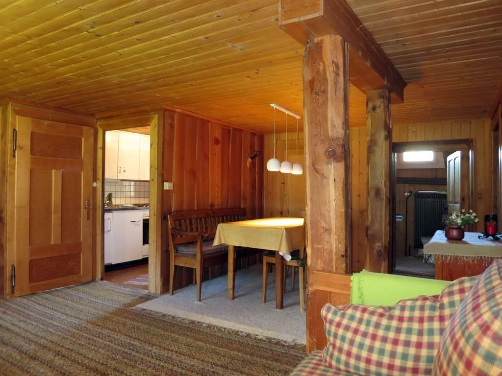 Stein - oben Wohnzimmer Küche Bad