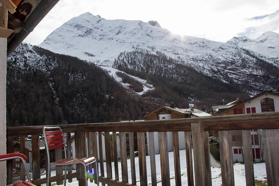 Saas-Fee_Apartment-Hannig_Balkon