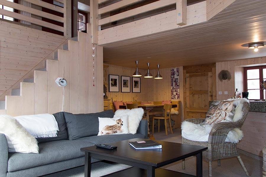 Saas-Fee_Apartment-Hannig_Wonzimmer2