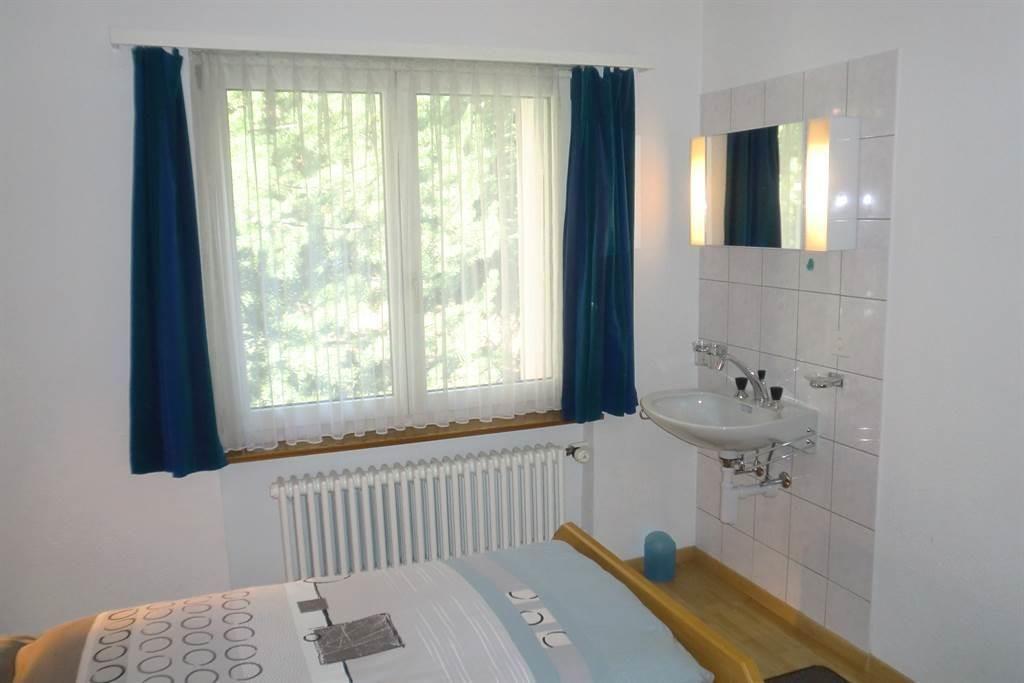 Schlafzimmer 1 mit Lavaba