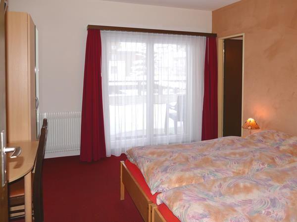 Doppelzimmer mit Terrasse / DU / WC