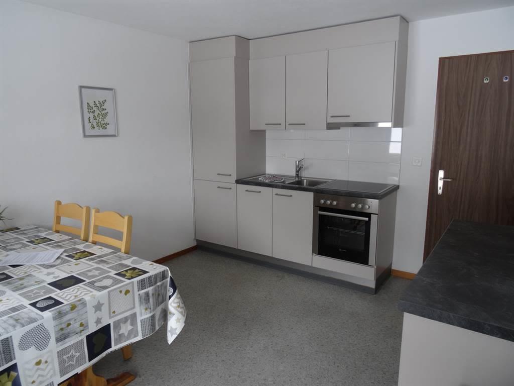Apartments Carmena Saas-Grund Küche Wohnung 2 & 4