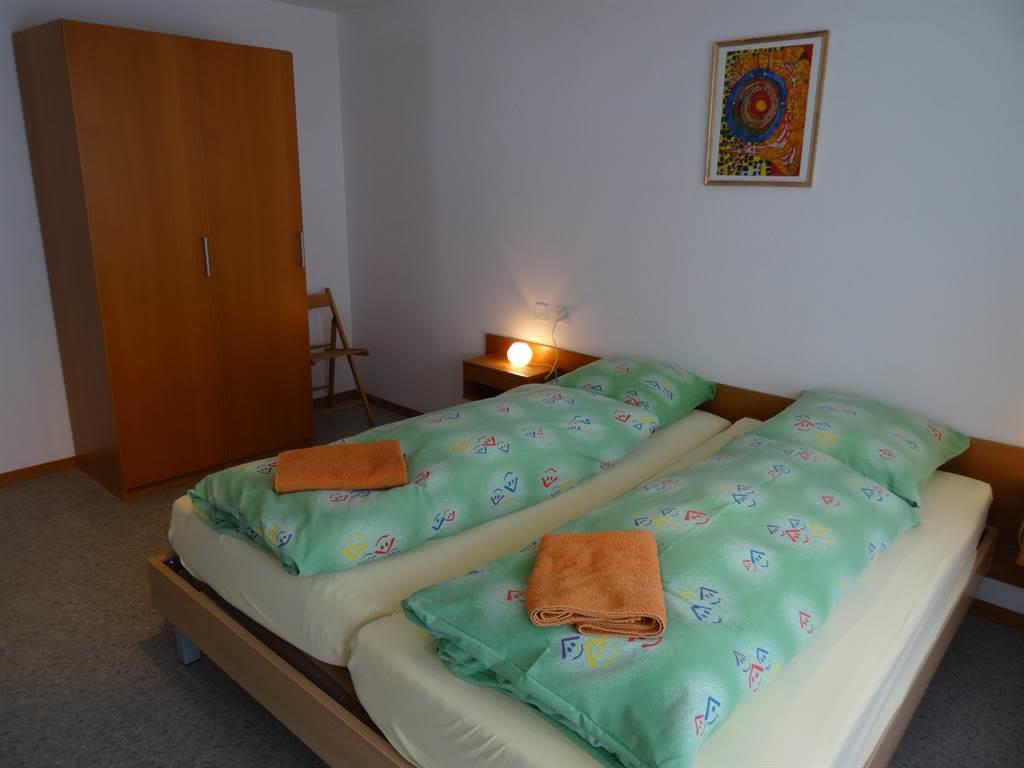 Apartments Carmena Saas-Grund Doppelzimmer mit Sch