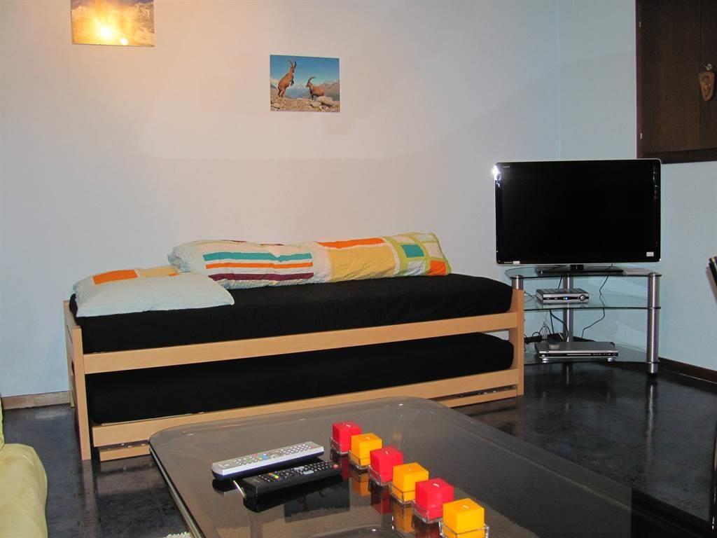 Wohnschlafzimmer mit Ausziebett