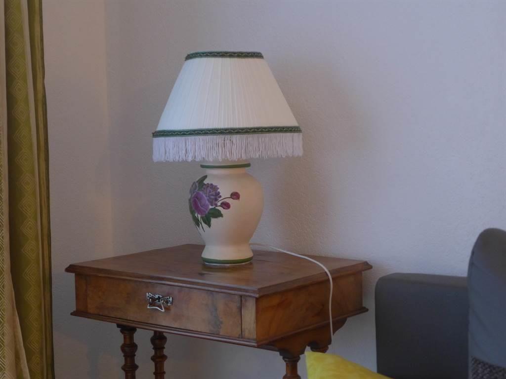 9.3 Wohnecke mit Lampe