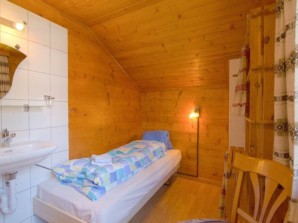 8.5 Einzelzimmer mit Lavabo