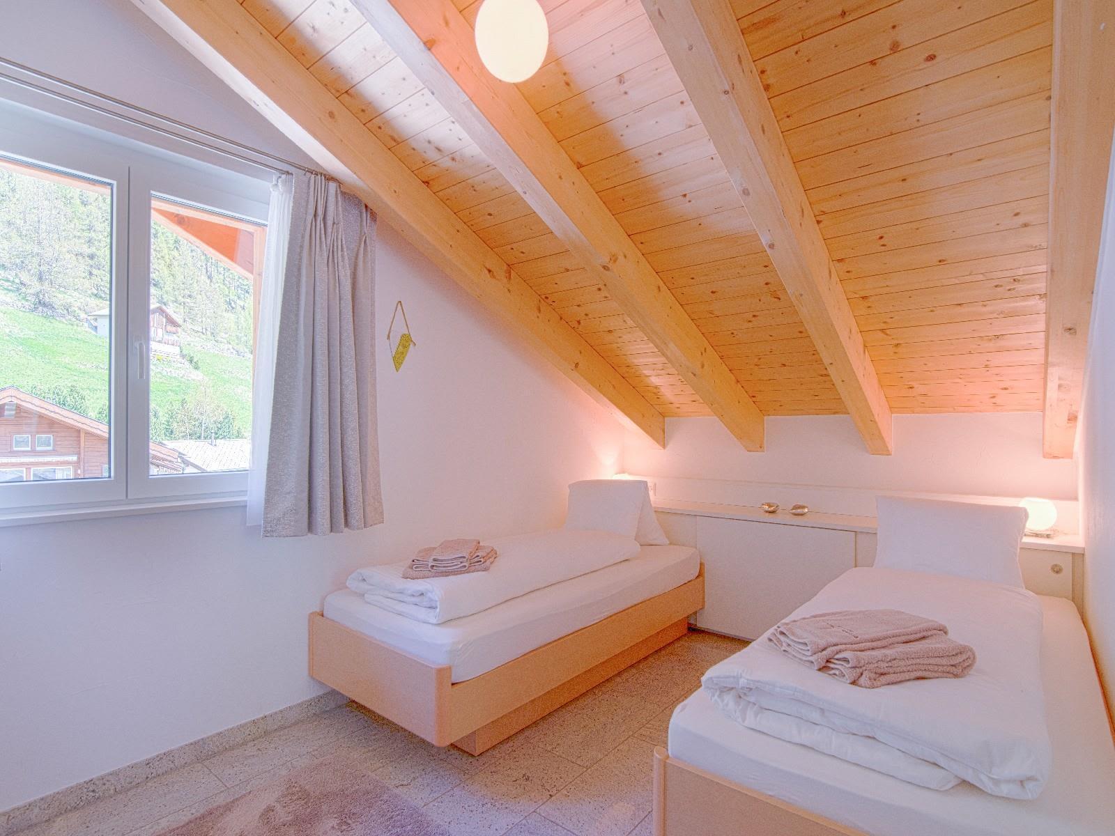 8.3  2 Bett Zimmer