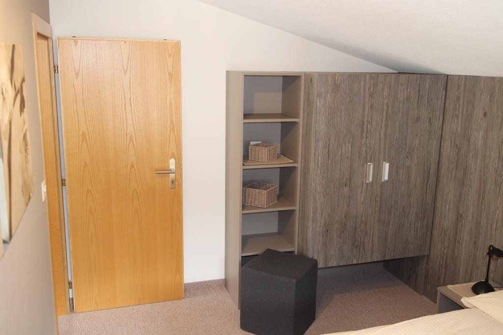 Schlafzimmer 1, Bild 2