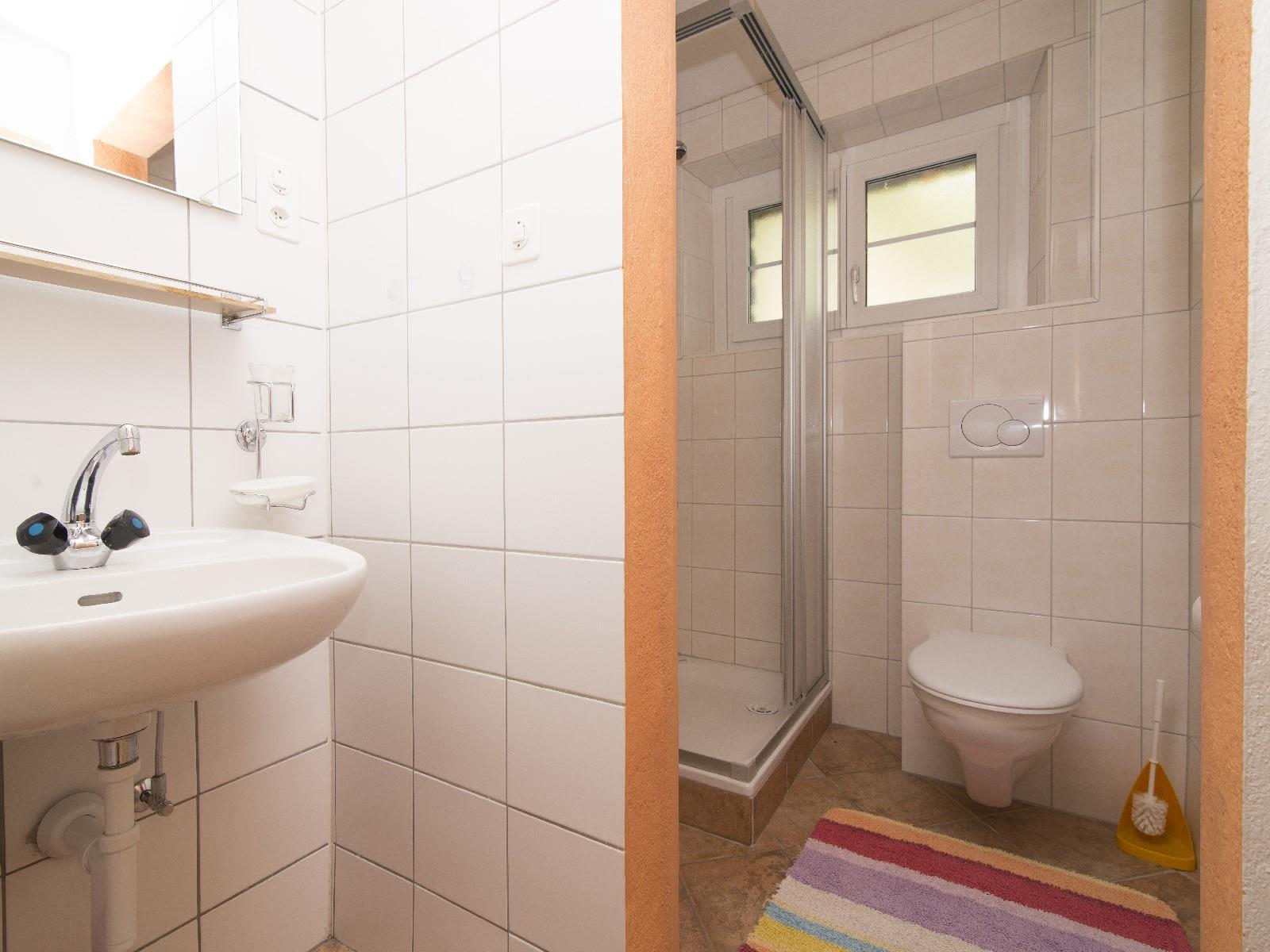 7.2 WC Dusch Lavabo