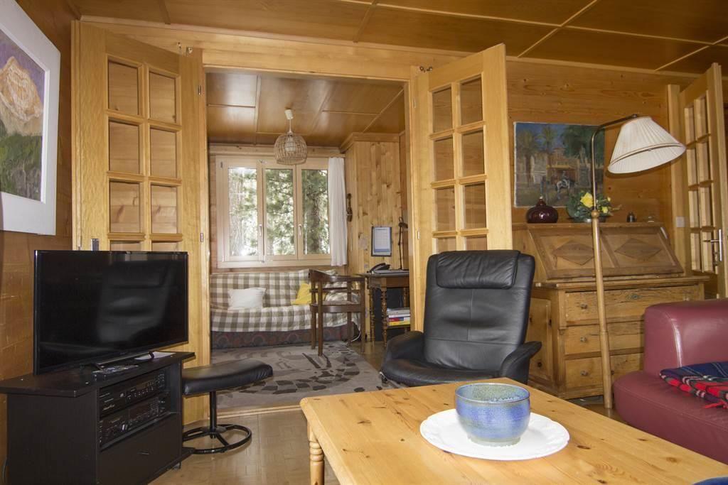 Wohnzimmer & Büro