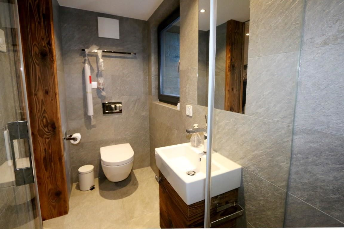 Bathroom 2.2