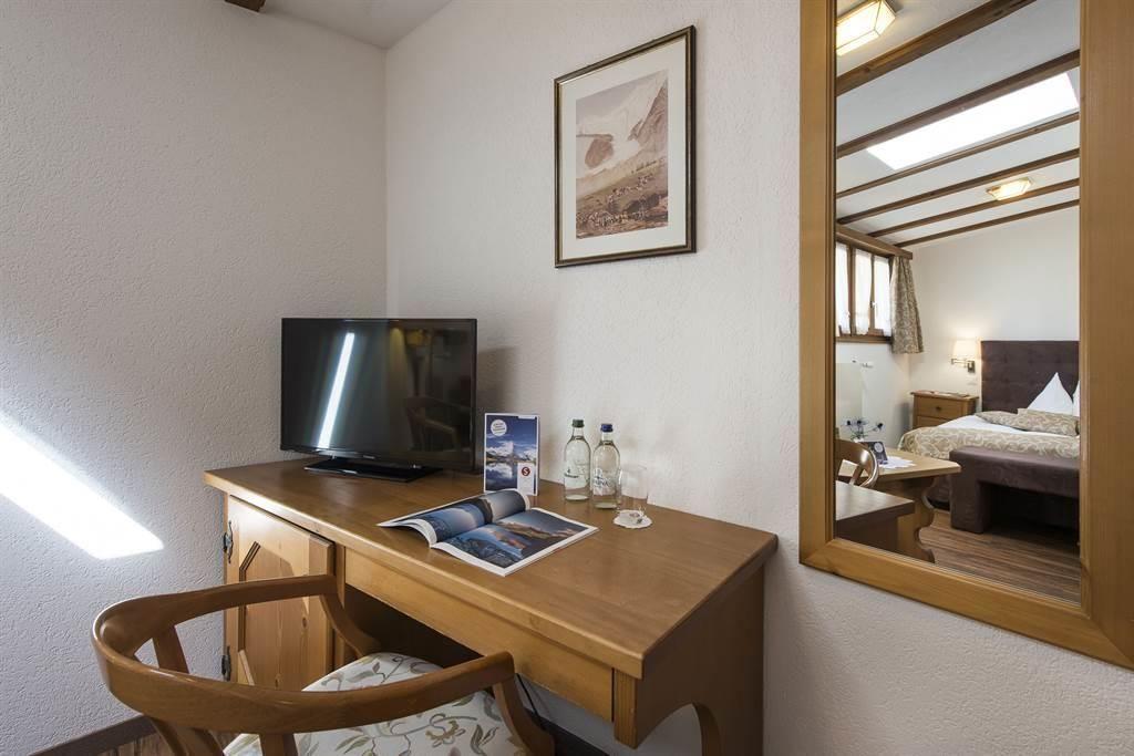 EZ_Komfort 4_Sunstar Hotel Saas-Fee_s