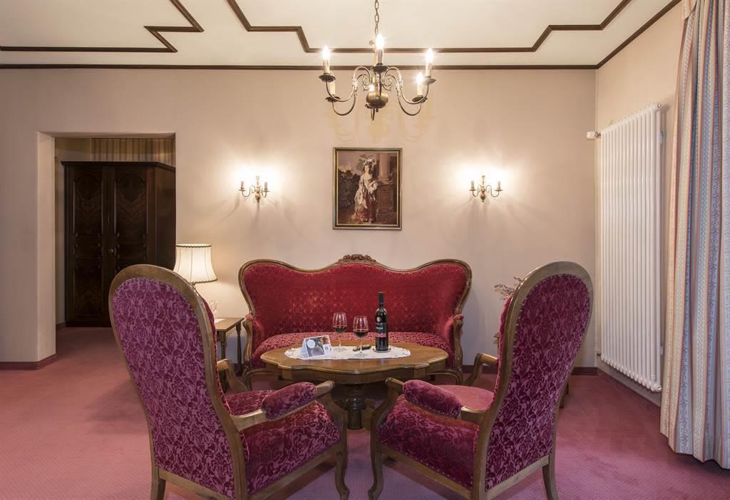 Suite Wohnzimmer 5_Sunstar Hotel Saas-Fee_Original