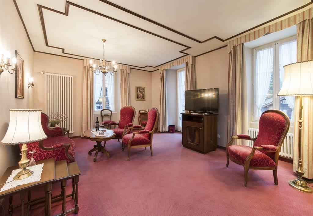 Suite Wohnzimmer 2_Sunstar Hotel Saas-Fee_Original