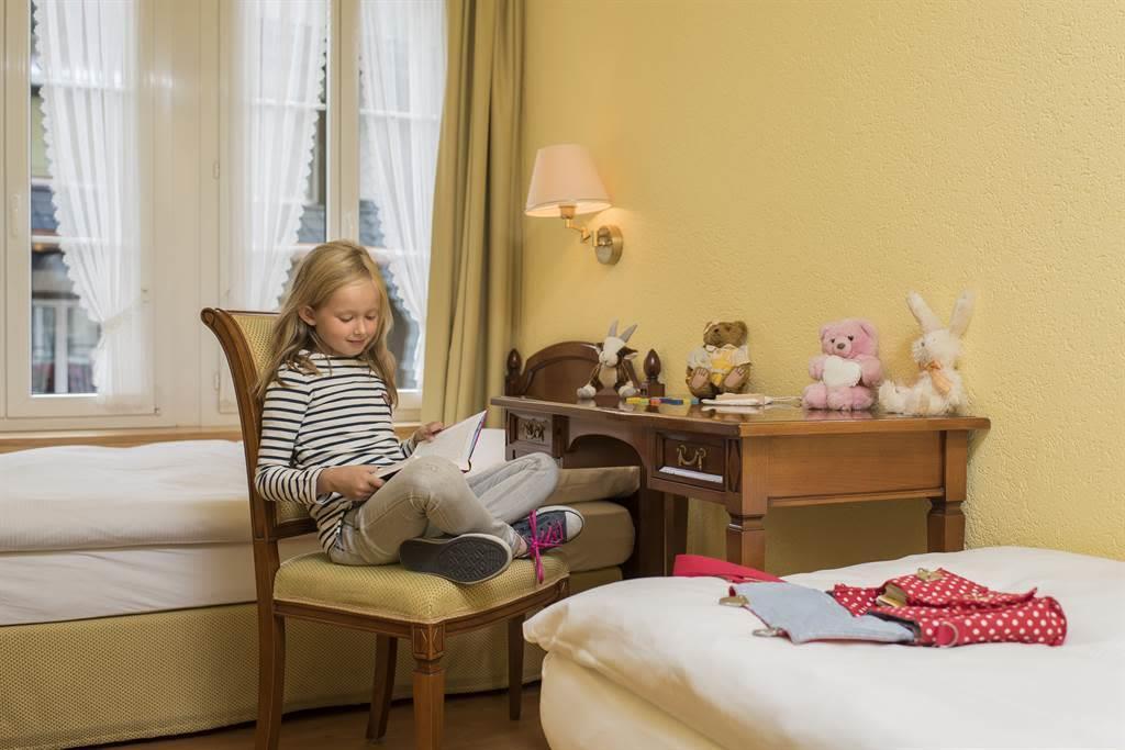 Familienzimmer Superior_Ambiente 2_Sunstar Hotel S