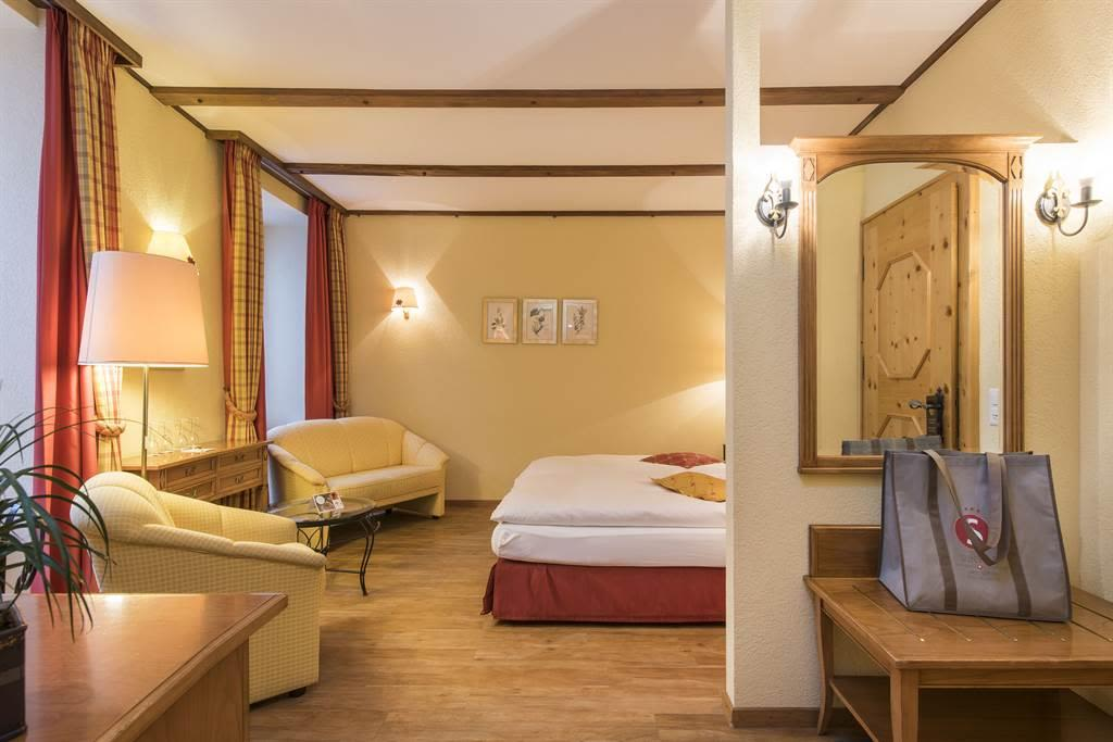 Familienzimmer Komfort 3_Sunstar Hotel Saas-Fee_Or