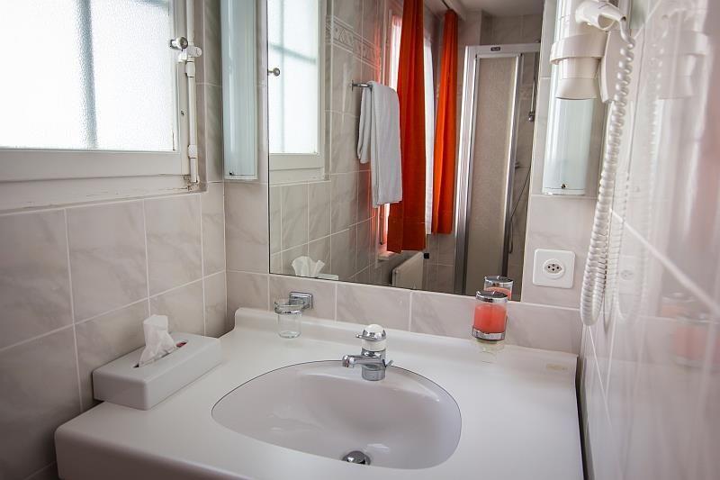 Bathroom single