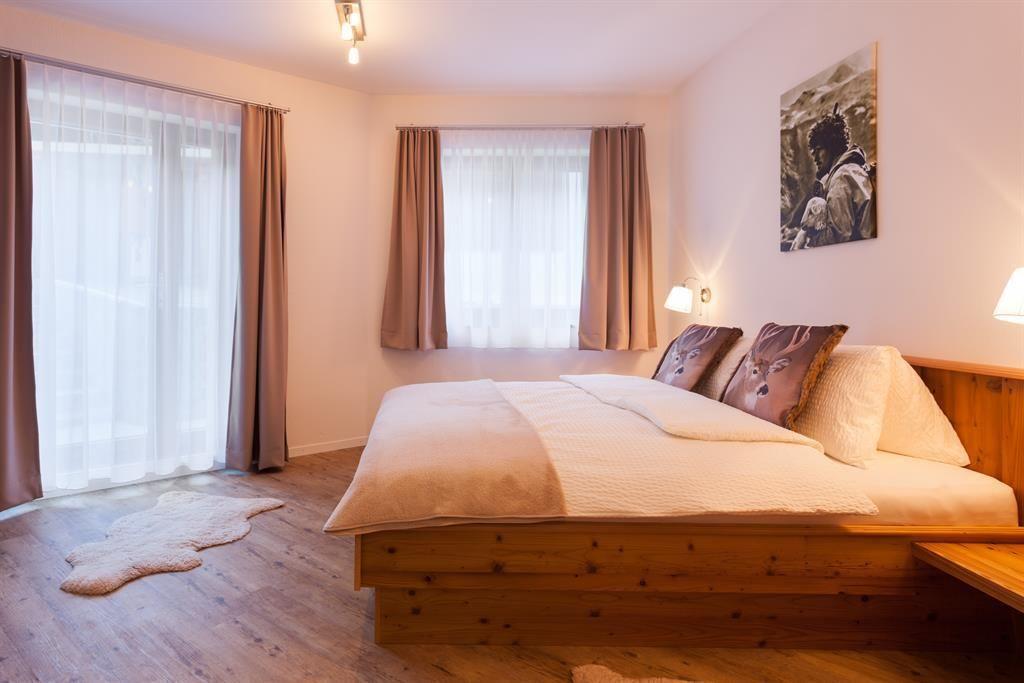 Zimmer 1,