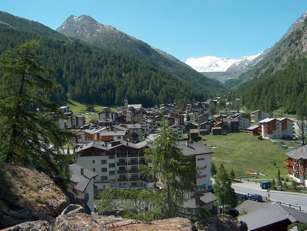 Dorf Saas-Almagell im Sommer