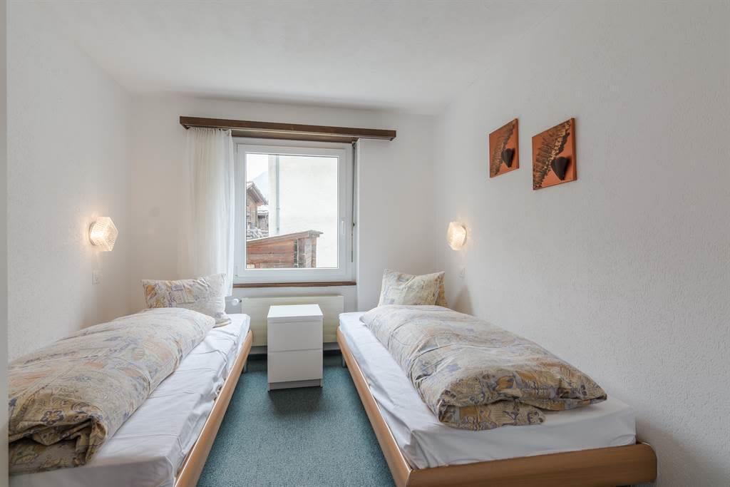 8.5 2 Bett Zimmer