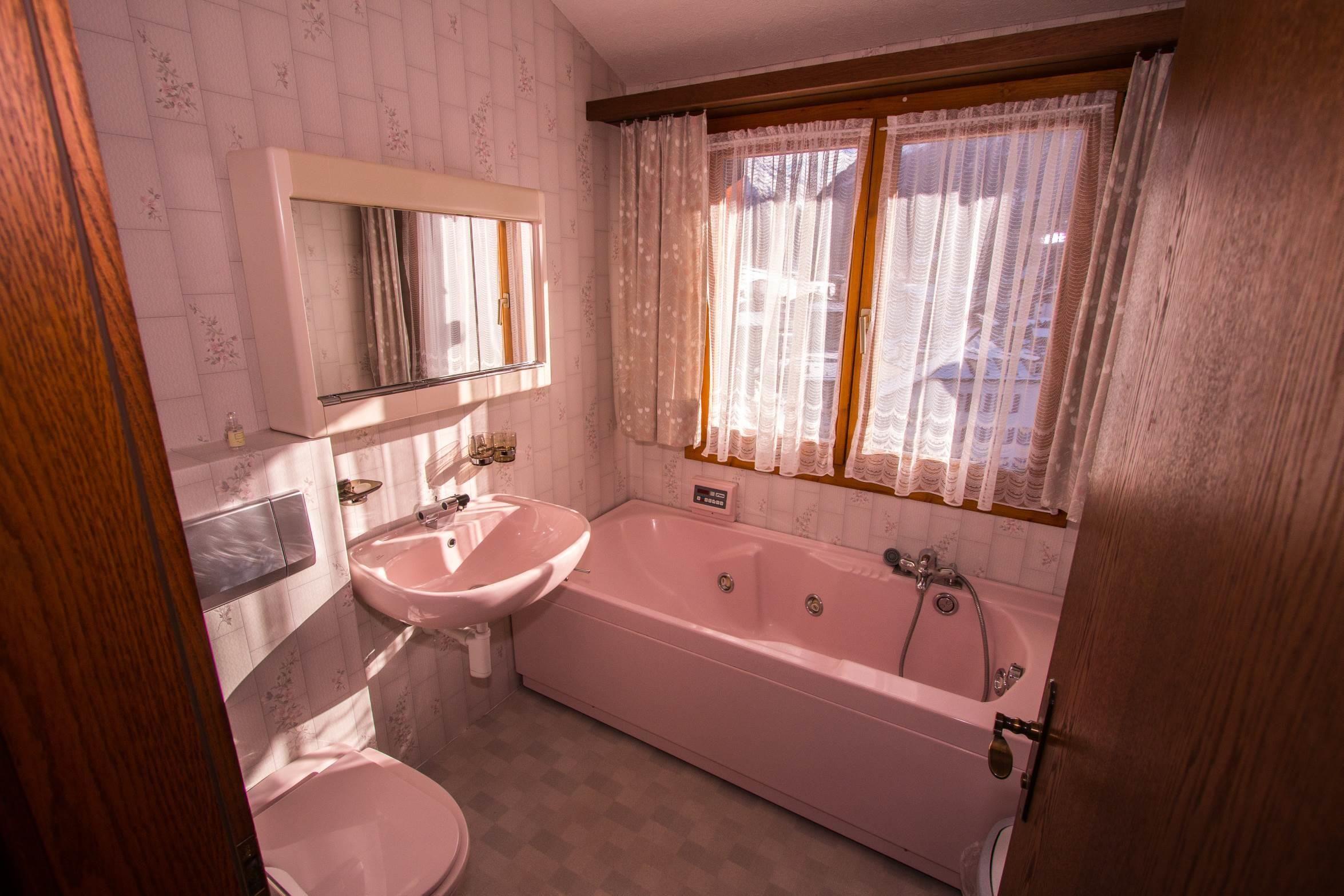 WC - Bad Allgemein beim Wohnzimmer - Ferienwohnung