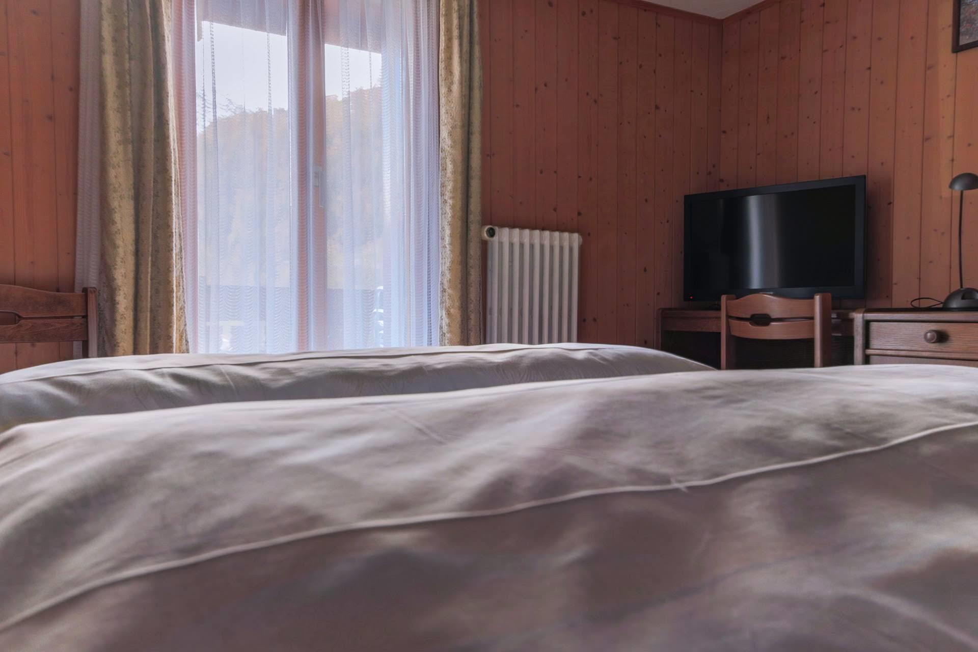 room 18 - Allalin - Monte Rosa